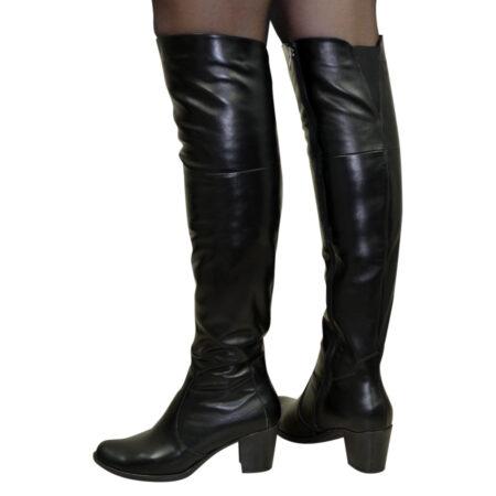 Ботфорты зима осень кожаные на каблуке, черный цвет