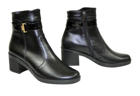 Ботинки черные кожаные женские на невысоком каблуке демисезон-зима