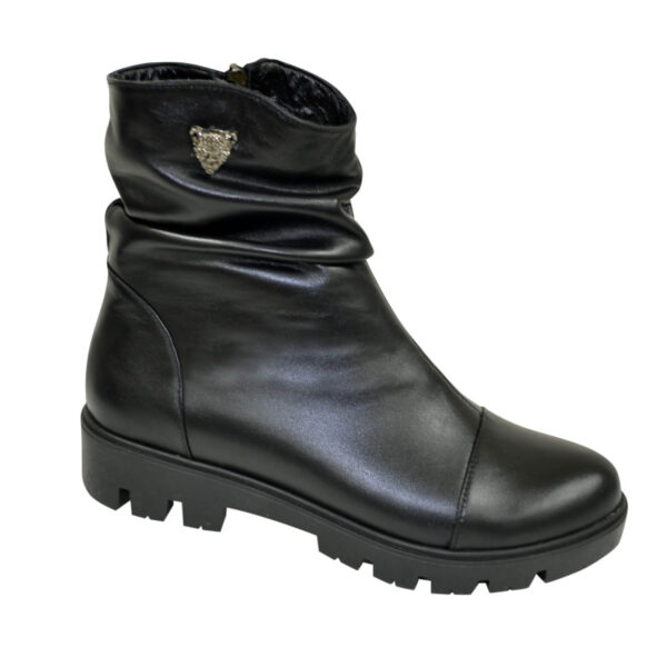 Ботинки женские зимние на тракторной подошве, натуральная черная кожа