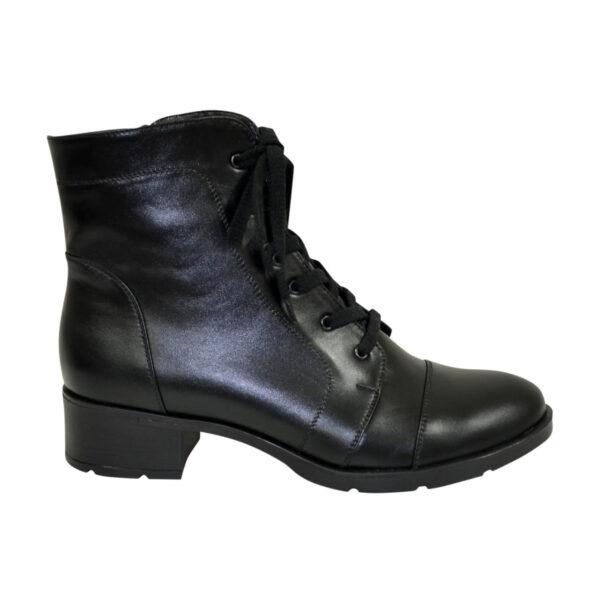 Ботинки черные женские кожаные демисезонные на каблуке