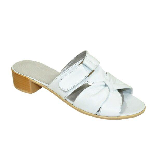 Кожаные  белые женские шлепанцы на невысоком каблуке