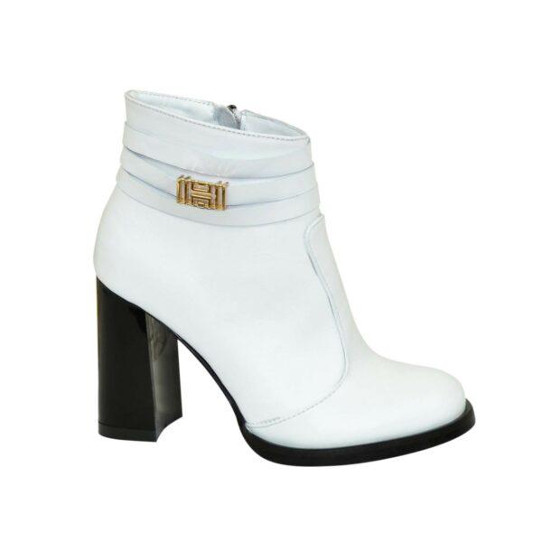 Ботинки белые зимние женские кожаные на устойчивом каблуке