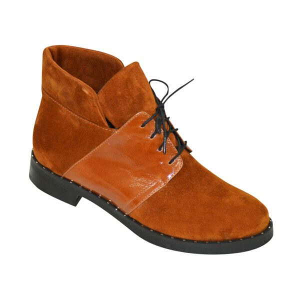 Ботинки женские зимние рыжие на невысоком каблуке