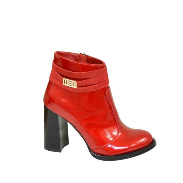 Ботинки зимние женские лаковые на устойчивом каблуке, красный цвет