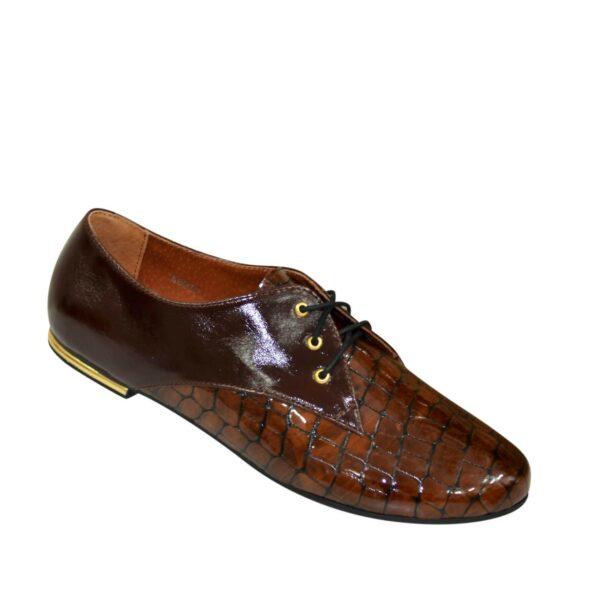 Туфли женские кожаные на шнуровке, кожа крокодил/коричневый