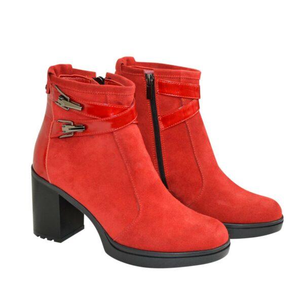 Женские ботинки демисезонные на устойчивом каблуке, цвет красный