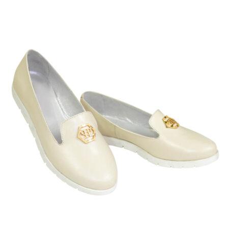 Женские туфли-мокасины из натуральной кожи на утолщенной белой подошве/цвет бежевый