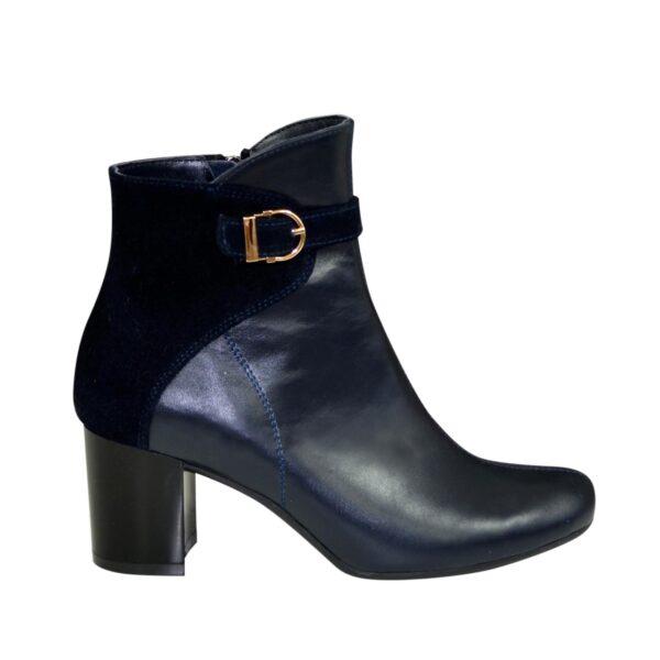 Женские зимние ботинки на невысоком каблуке, цвет синий