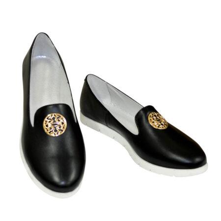 Туфли-мокасины женские, из натуральной кожи на утолщенной белой подошве/цвет черный