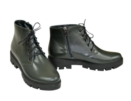 Ботинки женские зеленые кожаные на шнуровке осень зима, тракторная подошва