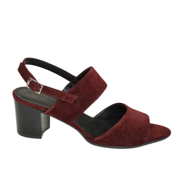 Женские замшевые бордовые босоножки на невысоком устойчивом каблуке