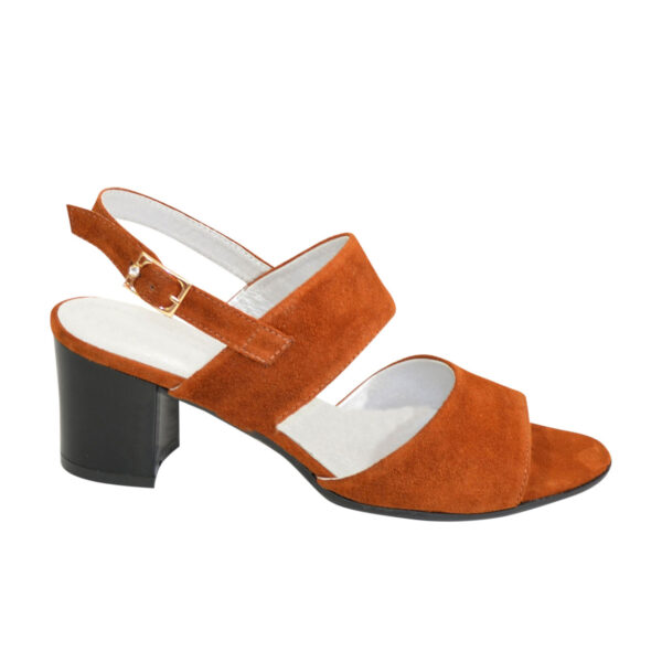 Женские замшевые рыжие босоножки на невысоком устойчивом каблуке