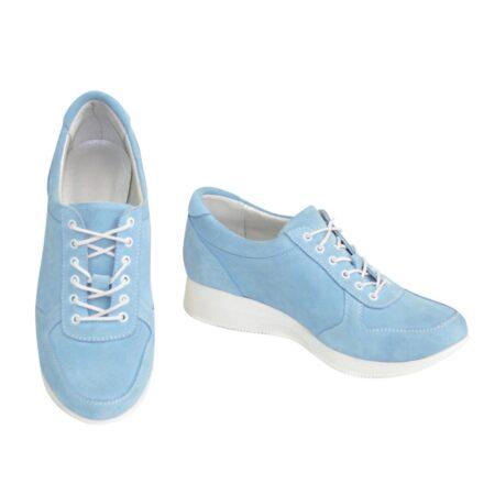 Стильные женские кроссовки на шнуровке, из нежно голубого замша