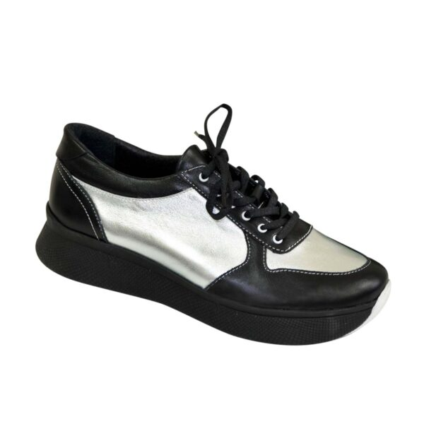 Стильные женские кроссовки на шнуровке, цвет черный/серебро