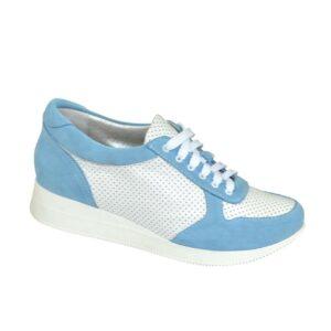 Стильные кроссовки женские на шнуровке, с мягким кантом и мягким языком, цвет голубой/белый