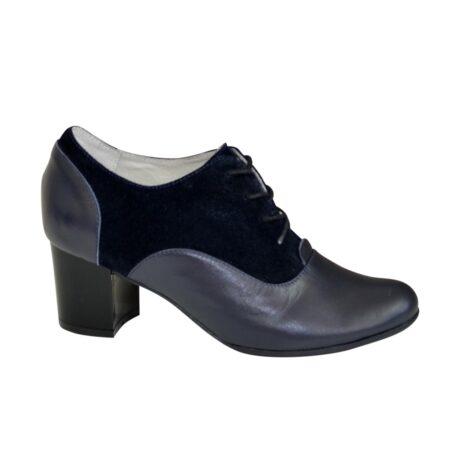 Туфли женские закрытые из натуральной кожи и замши синего цвета на удобном не высоком каблуке