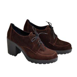 Замшевые туфли женские на устойчивом каблуке, коричневого цвета