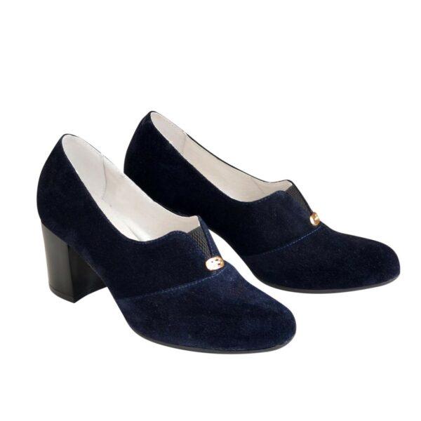Туфли синие замшевые на каблуке, декорированы фурнитурой