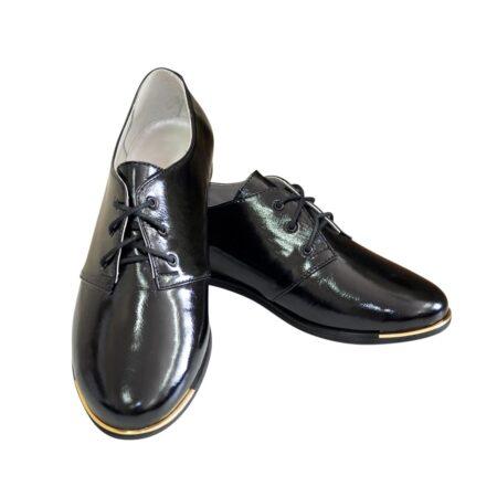 Туфли женские низкий ход черные, лаковая кожа, на шнуровке