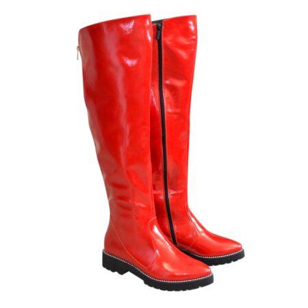 Женские ботфорты демисезонные красные из лаковой кожи на утолщенной подошве