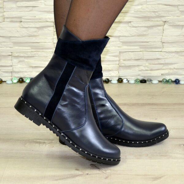 Ботинки женские демисезонные на низком ходу, декорированы замшевыми вставками