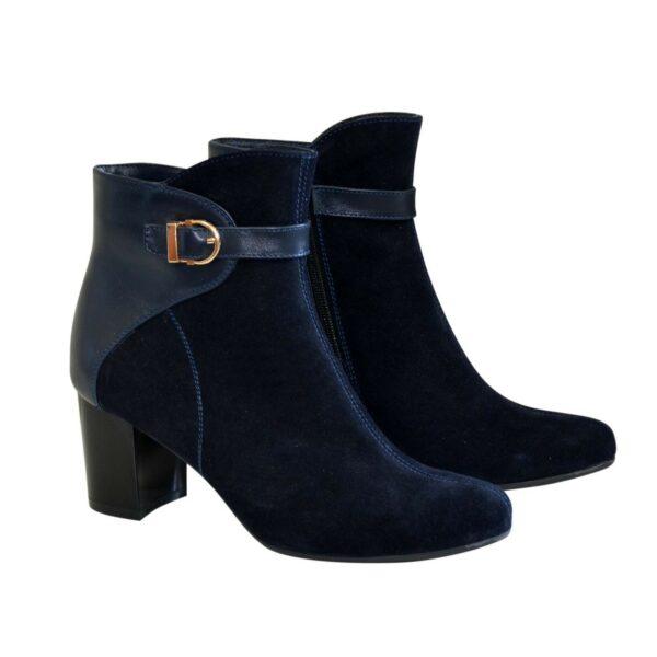 Синие женские демисезонные ботинки на невысоком каблуке