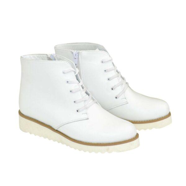 Ботинки демисезонные женские белые кожаные на шнуровке, утолщенная подошва