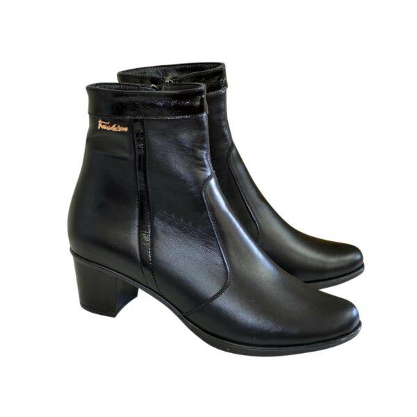 Женские демисезонные ботинки на невысоком каблуке, натуральная кожа и лаковая кожа