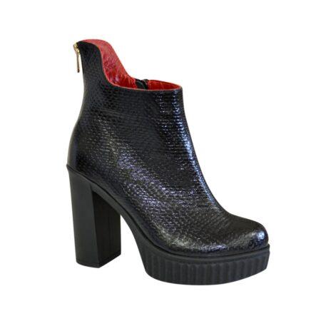 Ботинки кожаные женские на высоком каблуке, зима осень