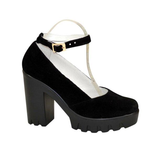 Женские туфли на тракторной подошве, из натуральной замши черного цвета