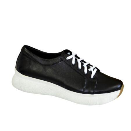 Туфли-кроссовки женские на утолщенной белой подошве, с мягким кантом и мягким языком из натуральной кожи черного цвета