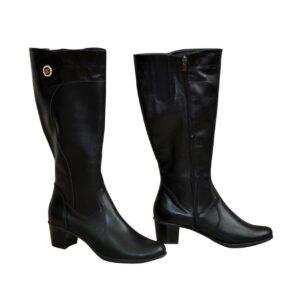 Женские классические кожаные сапоги черные, на невысоком каблуке. Батал