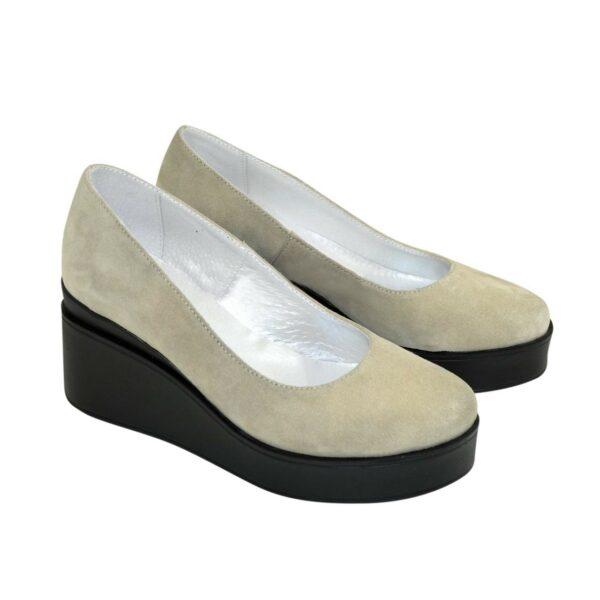 Женские замшевые туфли на устойчивой платформе
