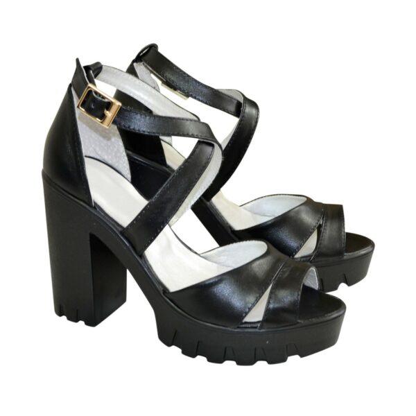 Босоножки женские на высоком каблуке, из натуральной кожи черного цвета