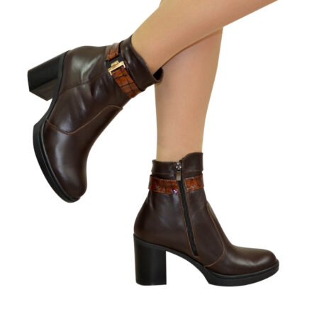 Кожаные коричневые женские ботинки на устойчивом каблуке, демисезон-зима