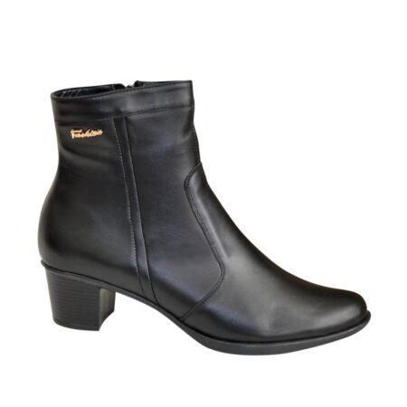 кожаные женские ботинки зима-осень на удобном невысоком каблуке, цвет черный