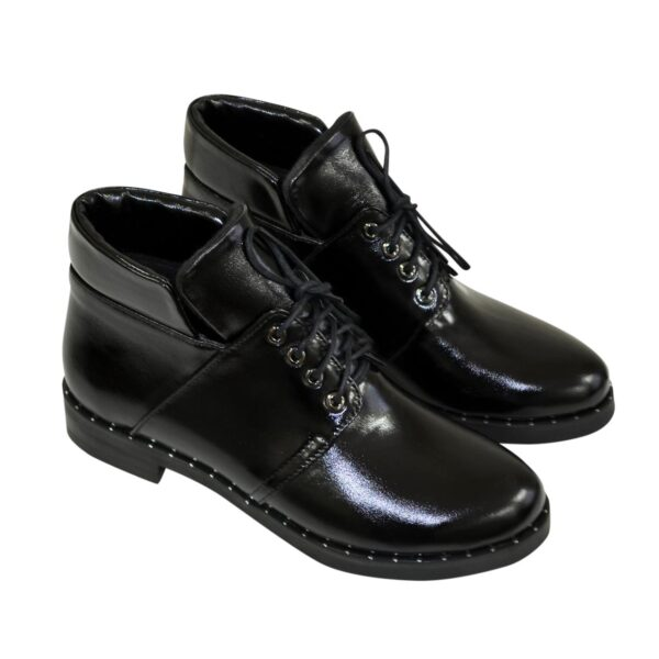 Ботинки женские демисезонные лаковые на невысоком каблуке
