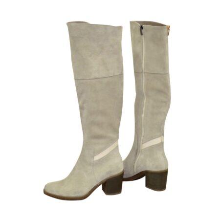Ботфорты замшевые серого цвета на устойчивом каблуке, осень зима