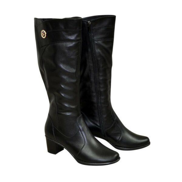Женские классические кожаные сапоги на невысоком каблуке, зимний вариант