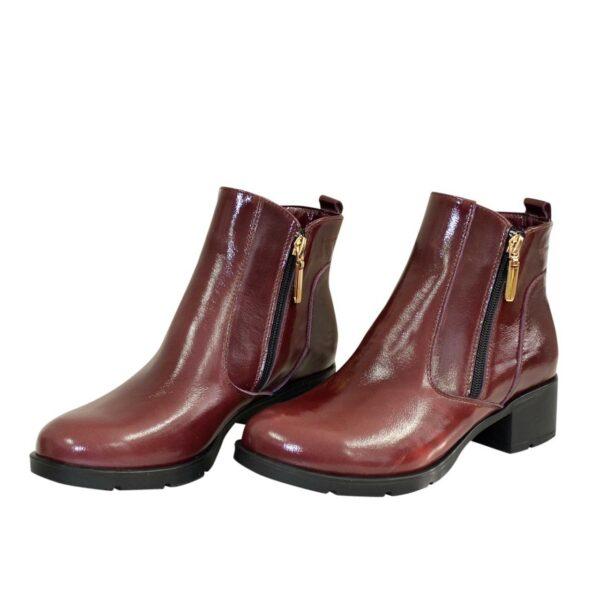 Ботинки женские кожаные демисезонные на каблуке, цвет бордо