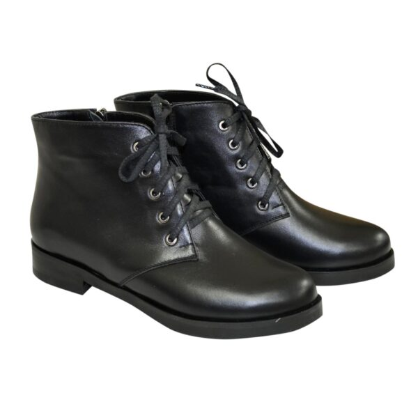 Женские зимние ботинки на шнуровке, из натуральной черной кожи