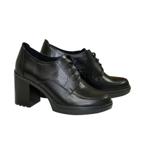 Туфли кожаные на устойчивом каблуке, цвет черный