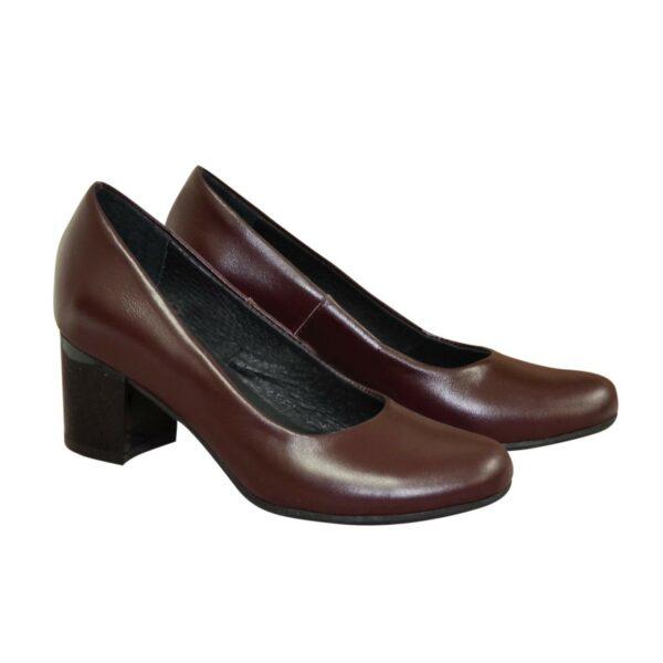 Туфли женские бордовые кожаные на невысоком устойчивом каблуке