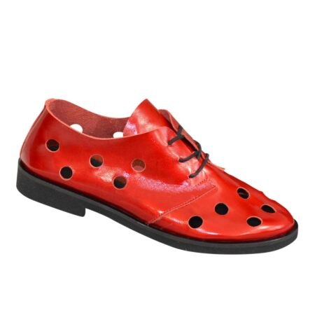 Женские облегченные летние туфли, низкий ход из красной лаковой кожи, на шнуровке