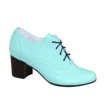 Туфли женские закрытые кожаные цвет мята на удобном не высоком каблуке