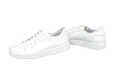 Кеды женские кожаные  на шнуровке, цвет белый