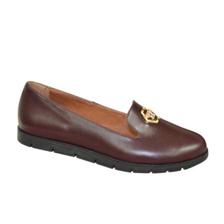 Туфли-мокасины женские, из натуральной кожи на утолщенной черной подошве/цвет бордовый
