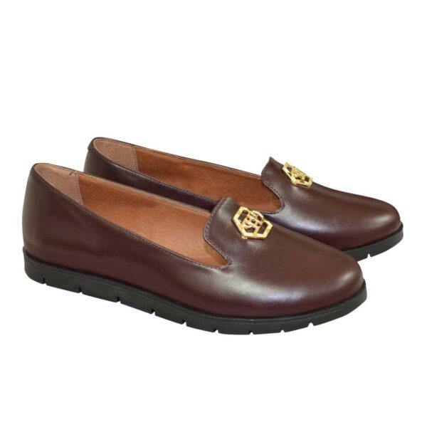 Женские кожаные туфли-мокасины на утолщенной черной подошве