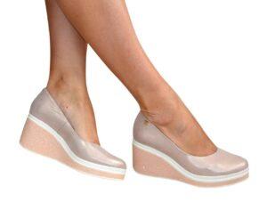 Женские туфли на устойчивой элегантной танкетке из натуральной кожи, цвет розовый