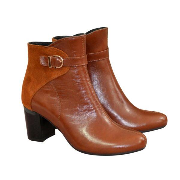 Женские рыжие демисезонные ботинки на невысоком каблуке